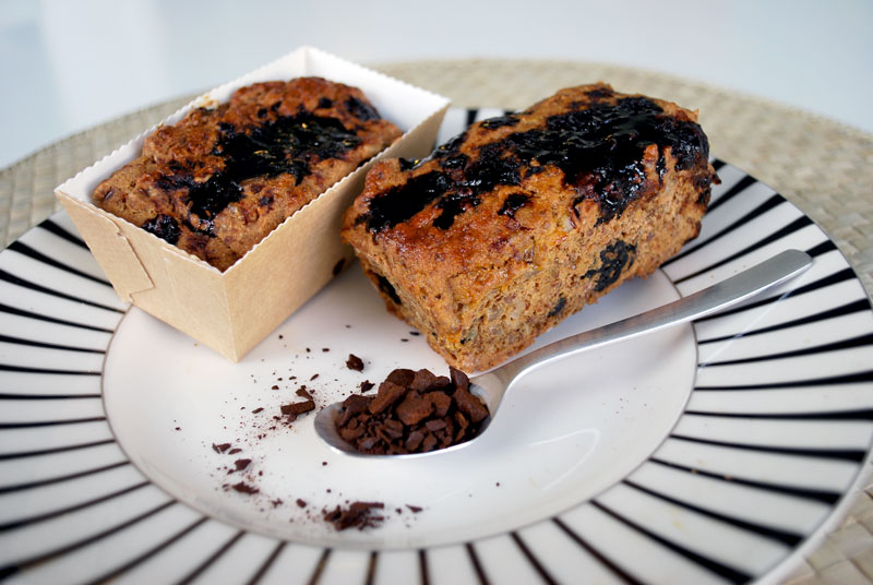 Mørk kernebrød's snack med lakrids