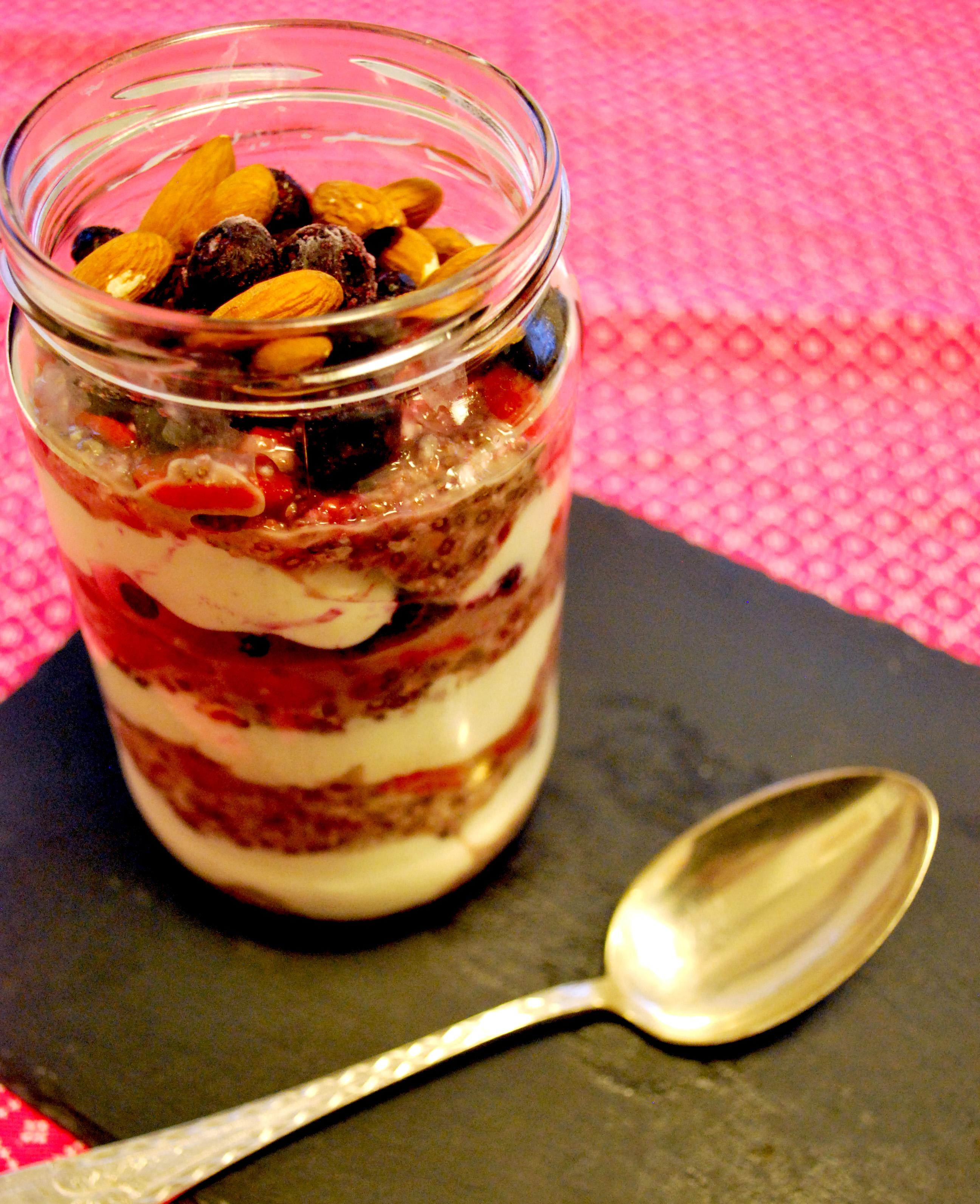Trifli med skyr og overnight oats
