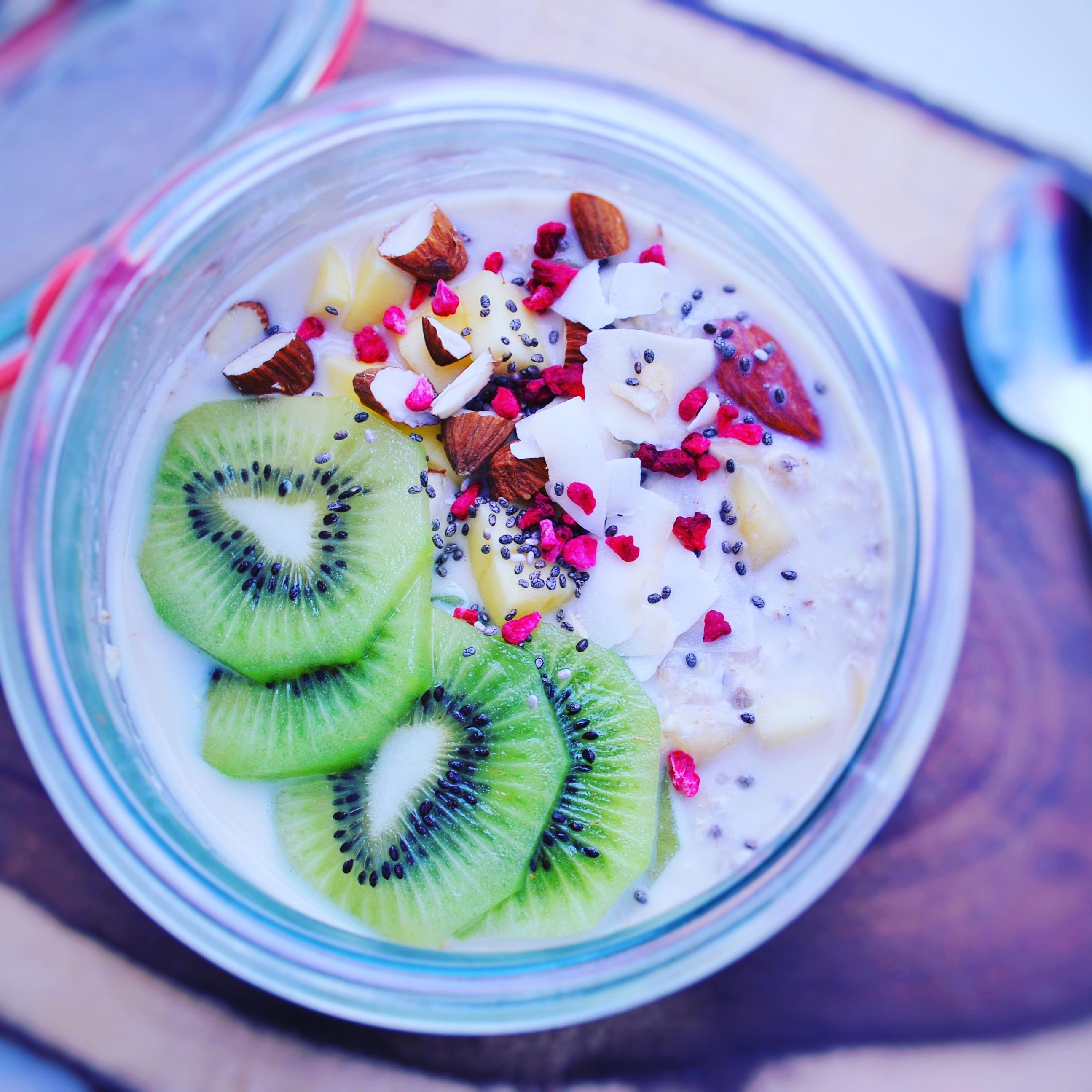 Glutenfri Overnight oats med mango & vanilje